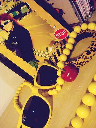 Yellow12